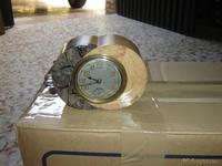 Reloj despertador de piedra