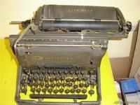 Maquina de escribir UNDERWOD