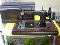 Maquina de coser Bradbury