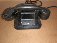 Telefon negro de hotel