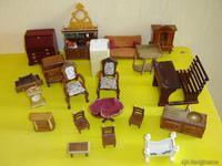 18 miniaturas en maderas